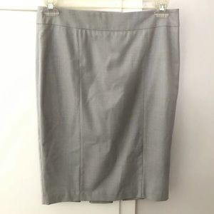 Cynthia Steffe light gray pencil career skirt sz 8